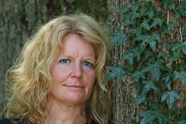 Dr. Patricia Bull